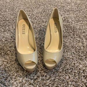 Guess beautiful heels 4 1/2 inch